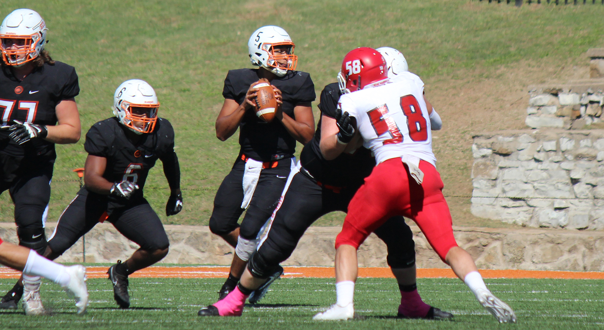 Football Snaps Losing Streak At Henderson State East Central